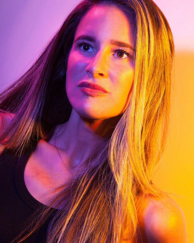 Write or Die: Melissa Broder Gets Us Sexting