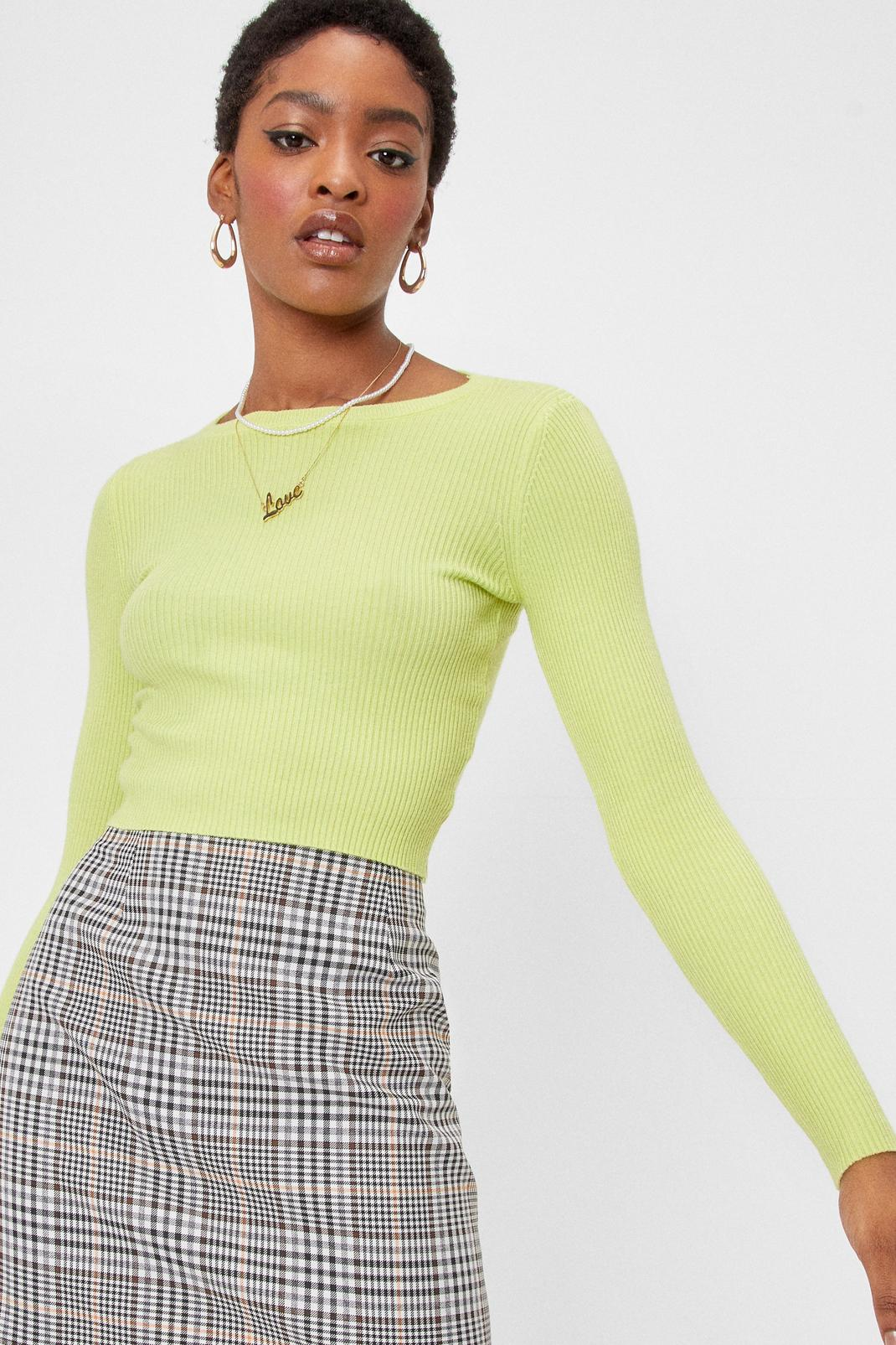 Cropped Ribbed Knit Crew Neck Sweater